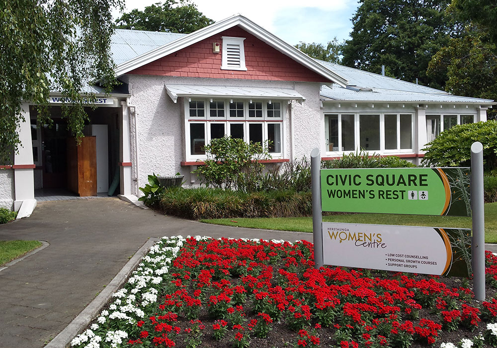 Civic Square Womens Rest outside - Waipukurau Construction